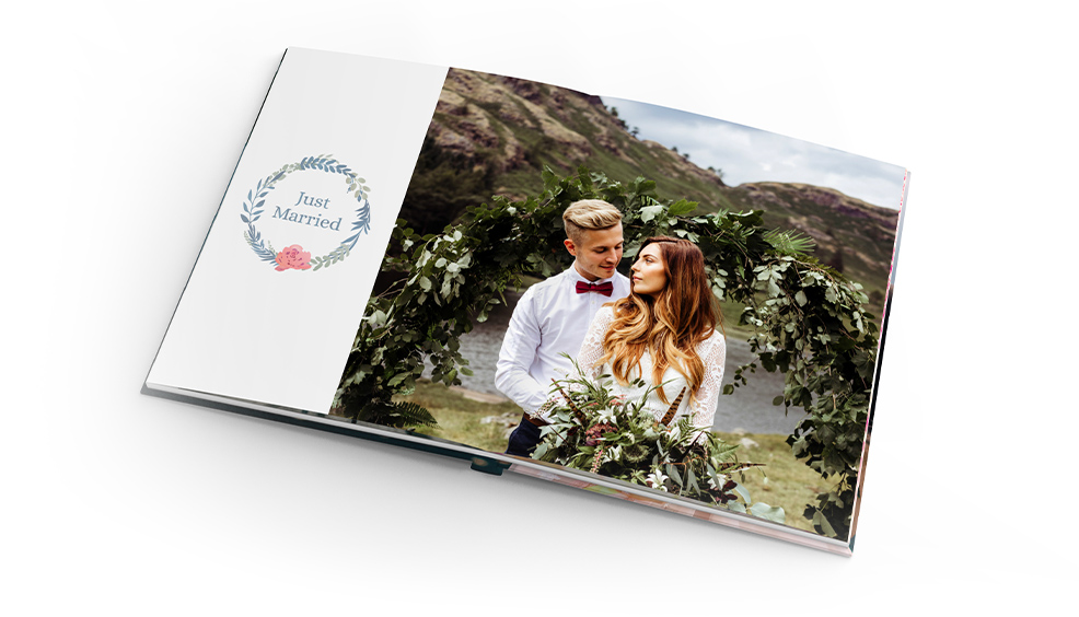 75 kr Discount on 21 x 28 Photobooks*